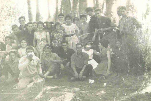 Nuestros-padres-y-abuelos-Villagaton-2.jpg