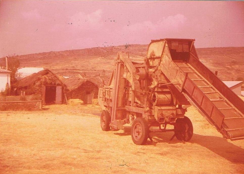 trilladora-pedro-el-esclavo-villagaton-1975.jpg